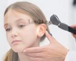Что делать если болит ухо у ребёнка?