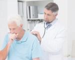 Чем лечить кашель при бронхите у взрослых и детей?