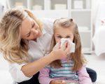 Простуда с температурой у детей, как проявляется, и какие методы лечения применяют в детском возрасте?